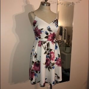 💖 2 FOR 20💖 Soprano floral dress